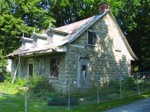 old Maison gravel