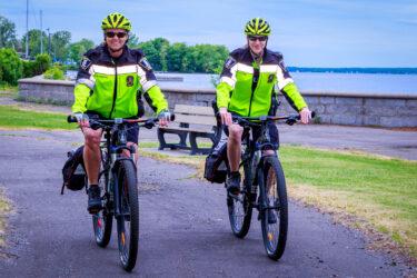 Police - Patrouille à vélo à Beauharnois