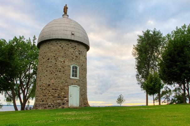 Photo du moulin de l'Île-Saint-Bernard